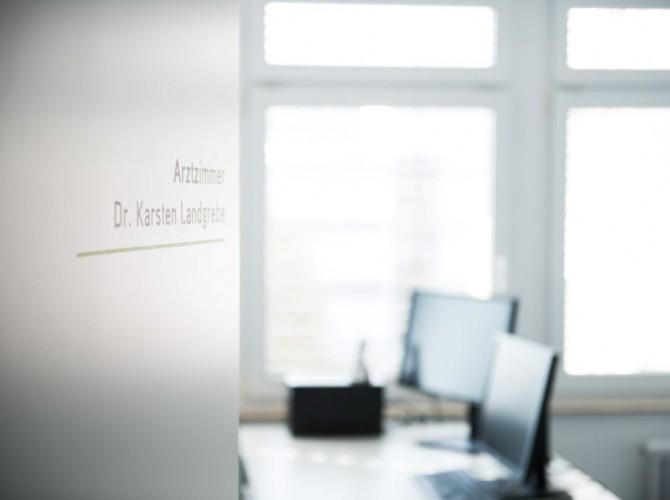 Information Praxisschild Schilddrüsenzentrum Göppingen